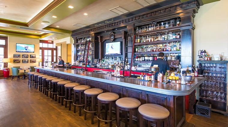 the pearl hotel new havana beach bar