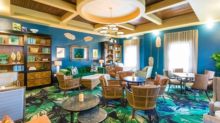 the pearl hotel new havana beach lounge