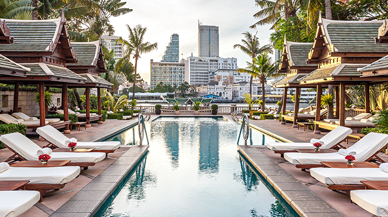 the peninsula bangkok pool