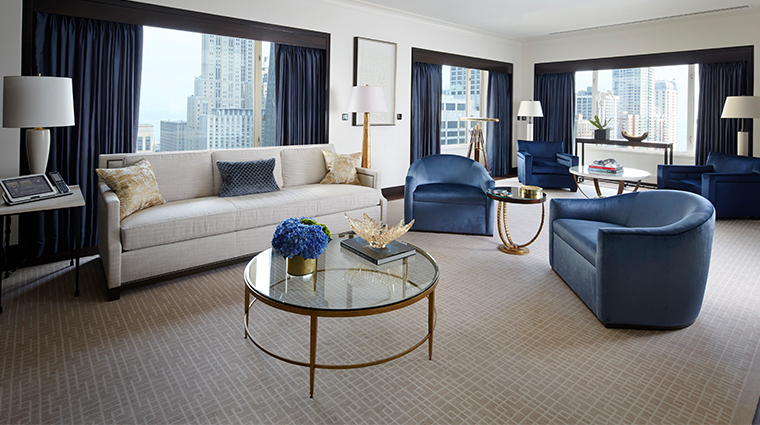 the peninsula chicago grand suite living room