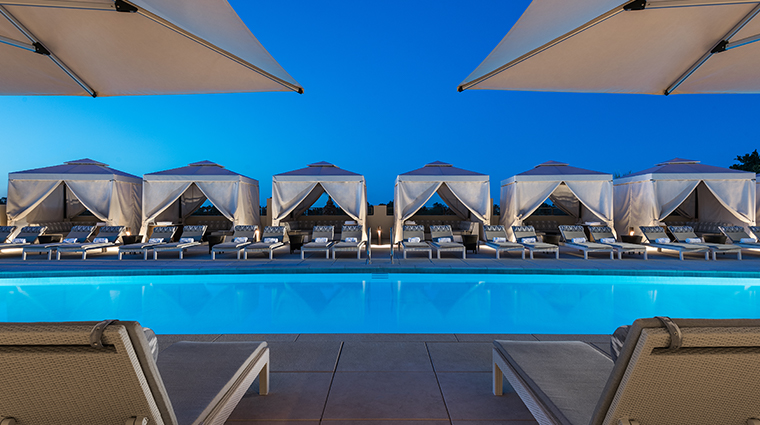 the phoenician spa rooftop pool