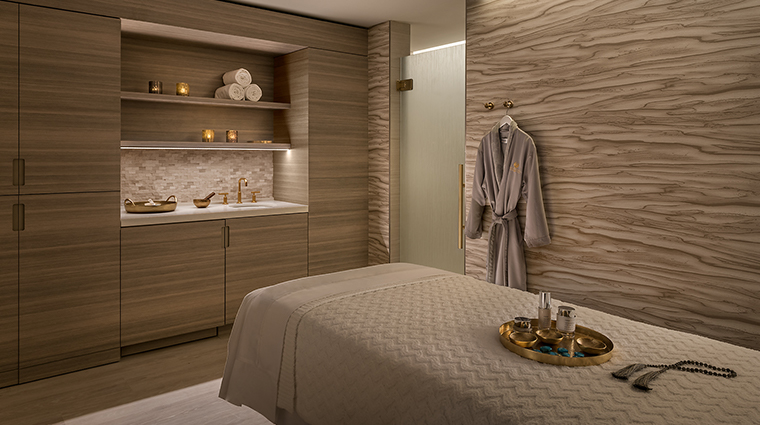 the phoenician spa treatment room
