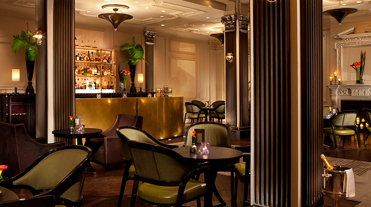 the pierre a taj hotel new york two e bar lounge