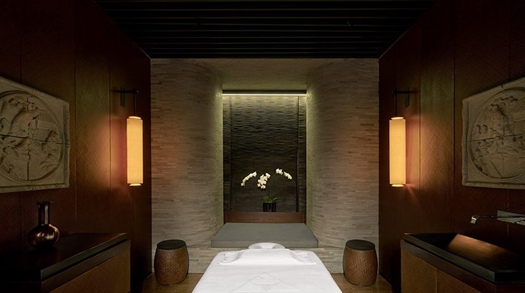 the puli hotel and spa treatment room