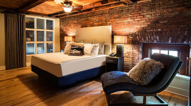 the restoration guest suite bed