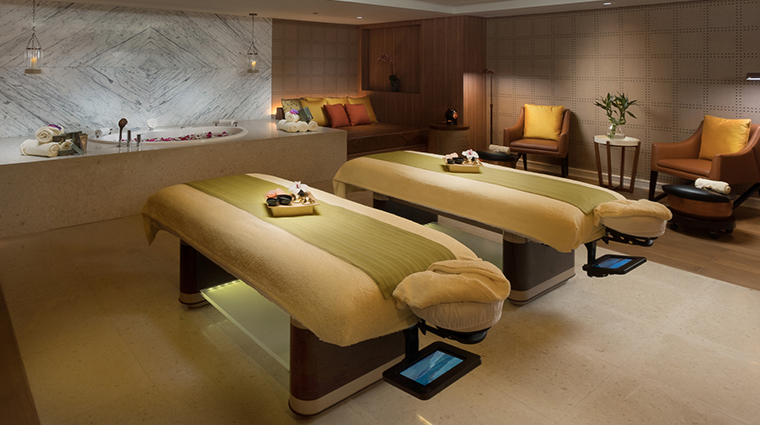 the retreat spa at okada manila treatment room