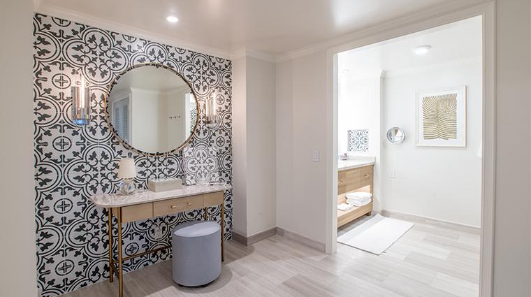 the ritz carlton amelia island guestroom bathroom