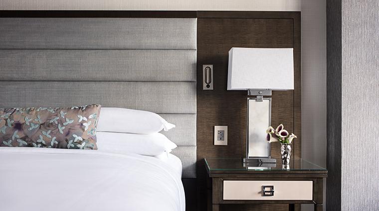 the ritz carlton atlanta king bed