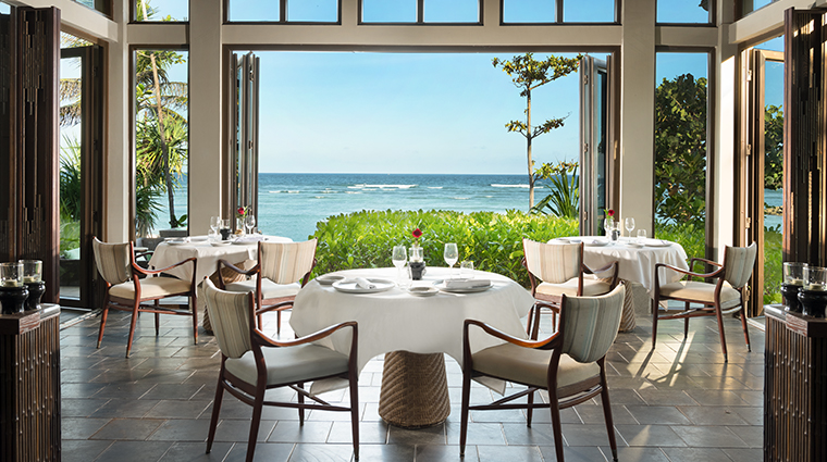 the ritz carlton bali beach grill restaurant
