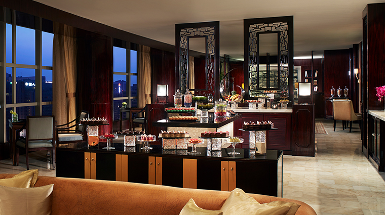 the ritz carlton beijing Club Lounge