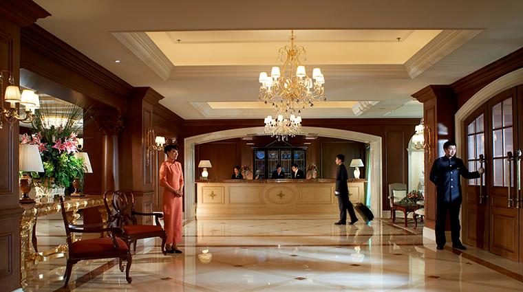 the ritz carlton beijing lobby