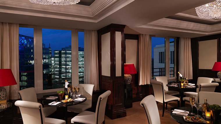 the ritz carlton berlin club lounge
