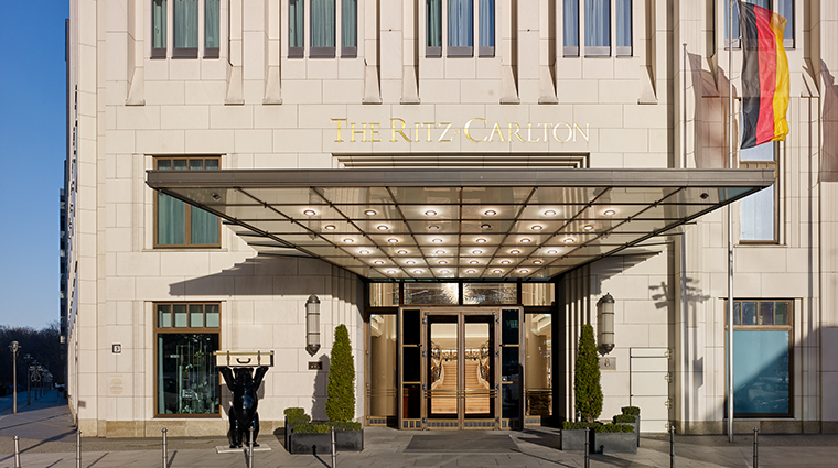 the ritz carlton berlin entrance