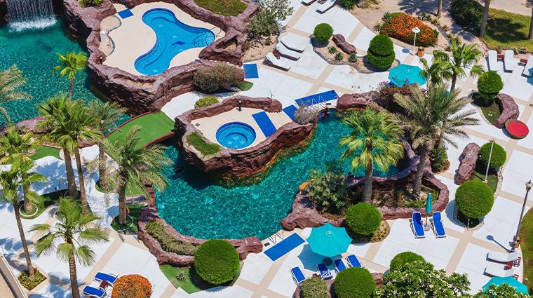 the ritz carlton doha pool north