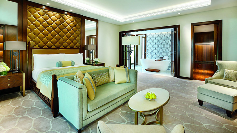 the ritz carlton dubai presidential suite bedroom