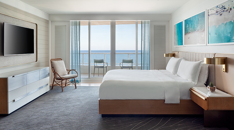 the ritz carlton fort lauderdale oceanfront suite bedroom