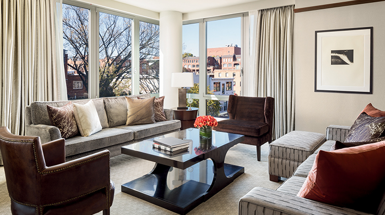 the ritz carlton georgetown washington dc ambassador suite living room