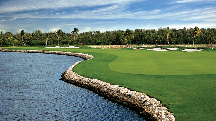the ritz carlton grand cayman golf course