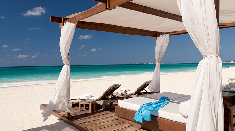 the ritz carlton grand cayman private cabana
