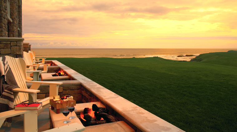 the ritz carlton half moon bay guestroom patio