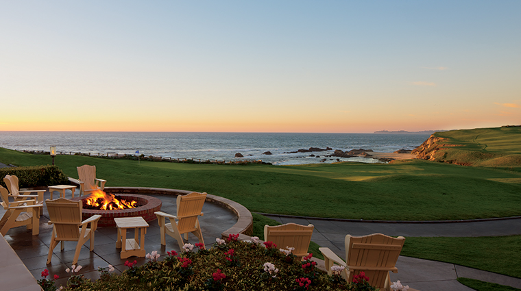 the ritz carlton half moon bay ocean lawn firepit
