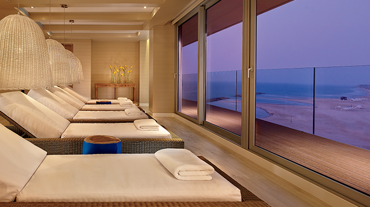 the ritz carlton herzliya relaxtion room