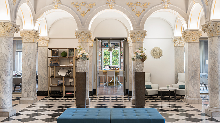 the ritz carlton hotel de la paix geneva lobby
