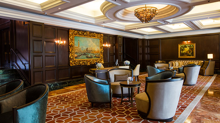 the ritz carlton kuala lumpur The Club Lounge Reception
