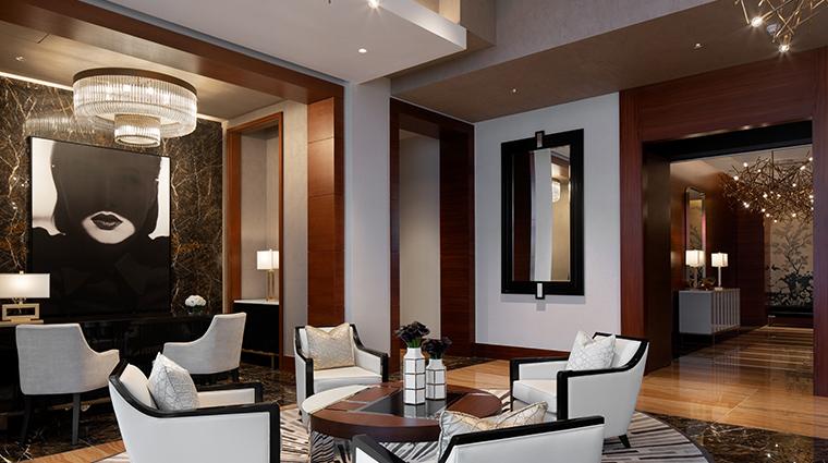 the ritz carlton los angeles lobby concierge