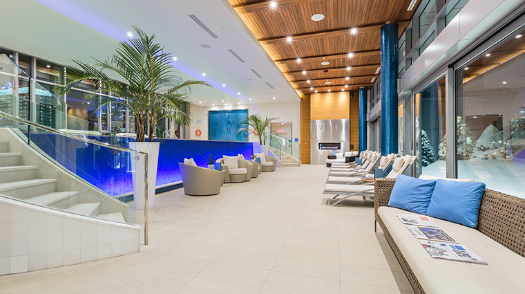 the ritz carlton montreal pool sitting area