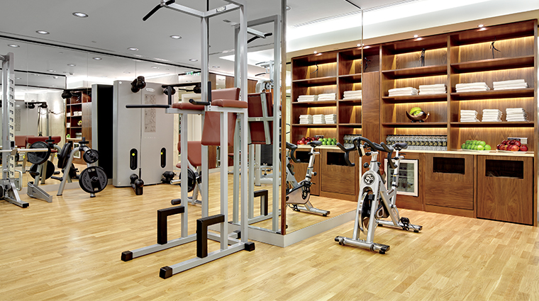 the ritz carlton moscow fitness area