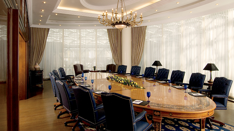 the ritz carlton moscow meeting room