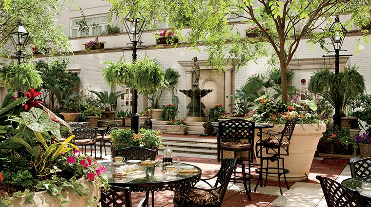 the ritz carlton new orleans mbistro courtyard