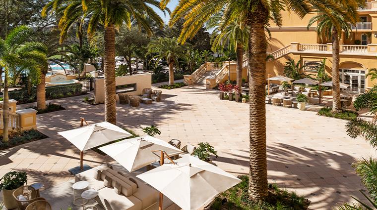 the ritz carlton orlando grande lakes pool courtyard