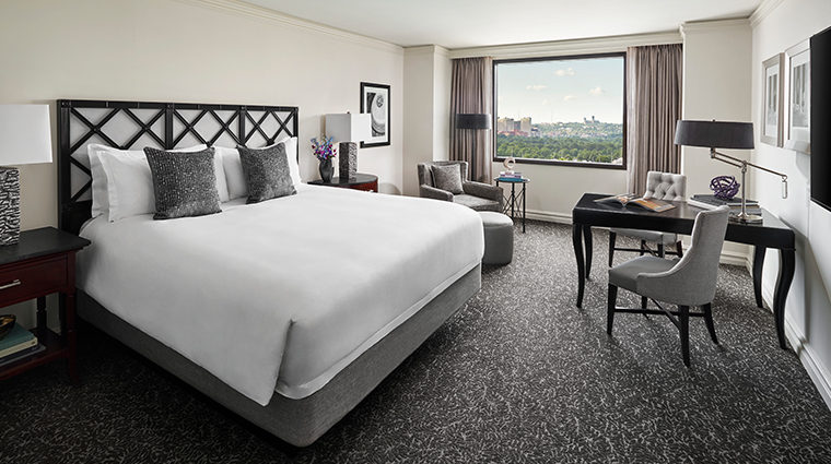 the ritz carlton pentagon city premier guest room