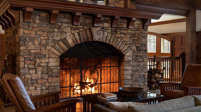 the ritz carlton reynolds lake oconee lobby fireplace