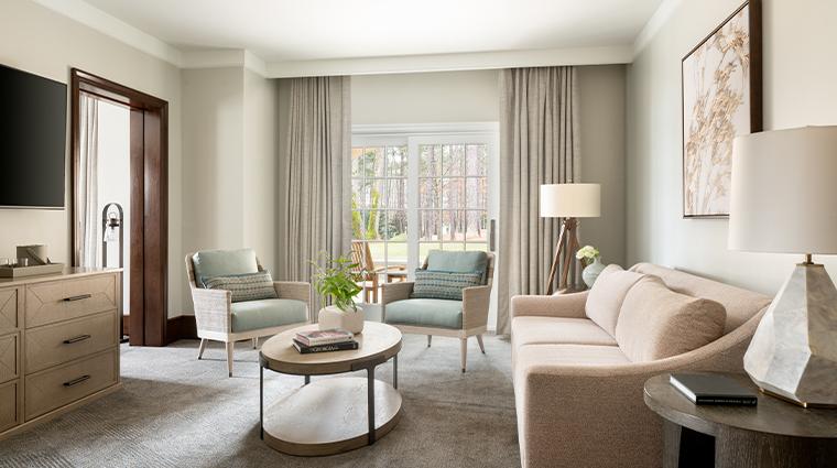 the ritz carlton reynolds lake oconee suite living room