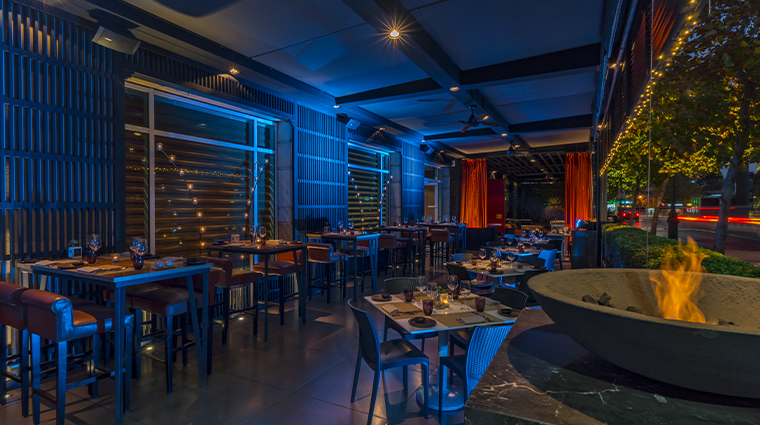 the ritz carlton santiago Terraza Restaurante Estro Night