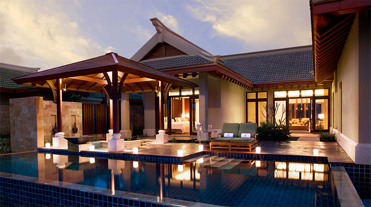 the ritz carlton sanya pool villa suite