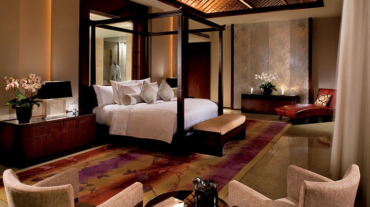 the ritz carlton sanya villa suite