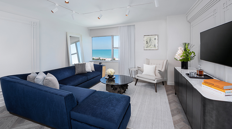 the ritz carlton south beach suite living room