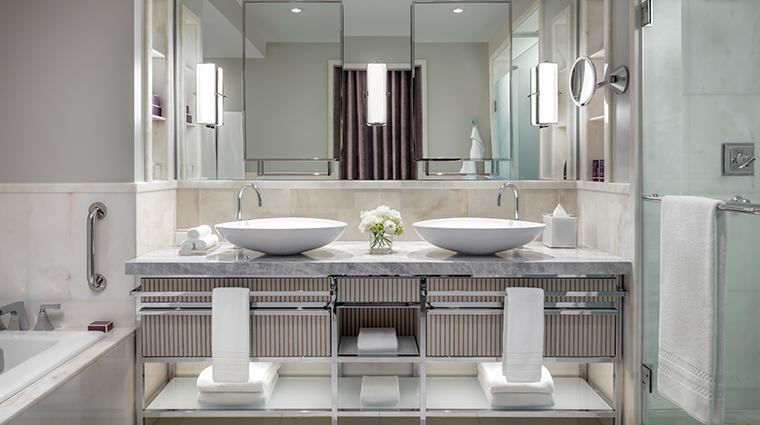 the ritz carlton toronto corner suite bathroom