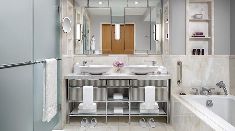 the ritz carlton toronto deluxe bathroom