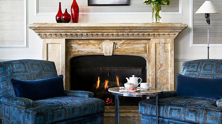 the ritz carlton washington dc club lounge fireplace