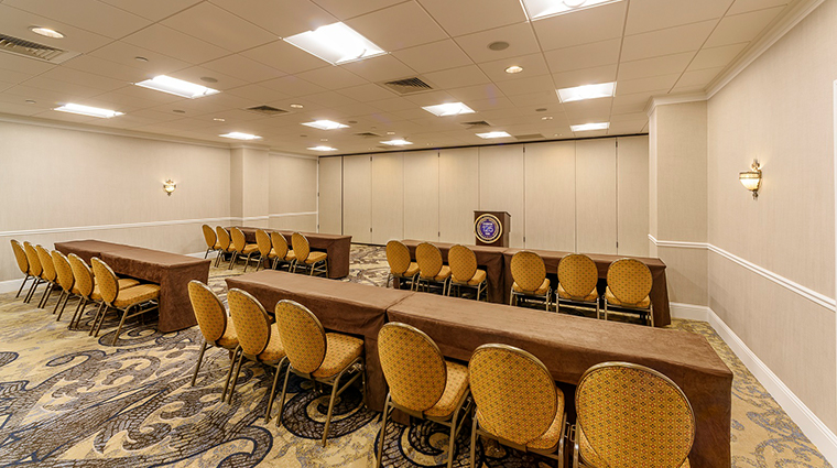 the roosevelt new orleans a waldorf astoria hotel classroom setup