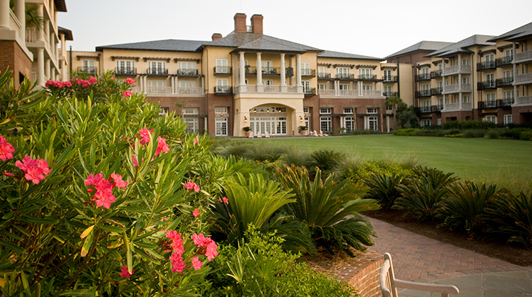 the sanctuary at kiawah island golf resort grand lawn