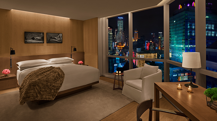 the shanghai edition room night view