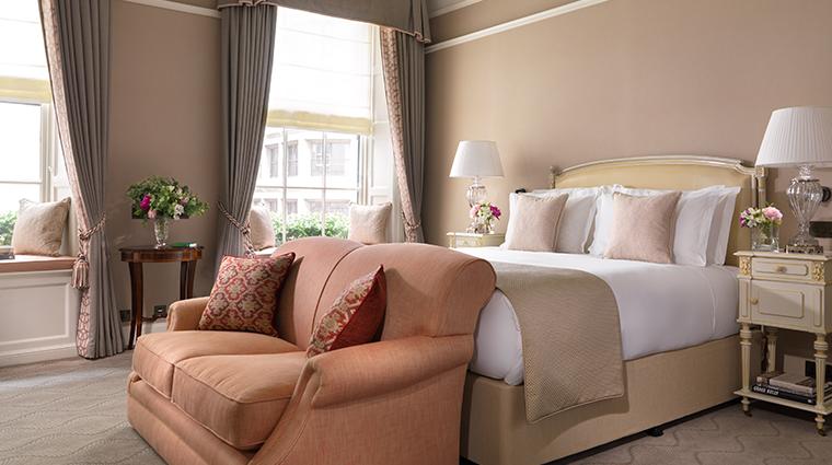 the shelbourne dublin a renaissance hotel Princess Grace suite main bedroom