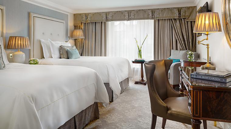 the shelbourne dublin a renaissance hotel double deluxe guest room