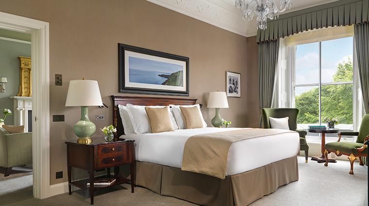 the shelbourne dublin a renaissance hotel one bedroom suite